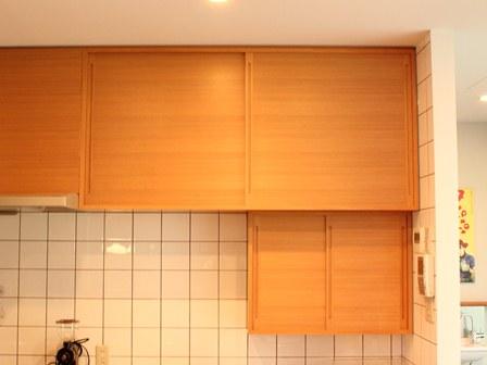 カフェの棚.JPG