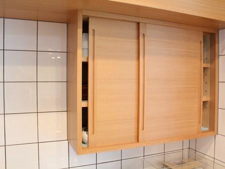 カフェ棚.JPG
